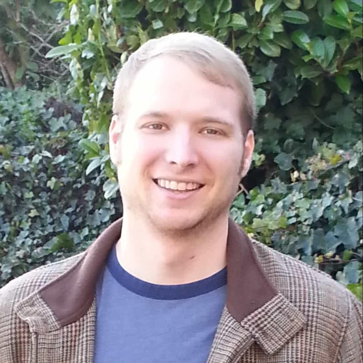 Travis Askham : Research Associate