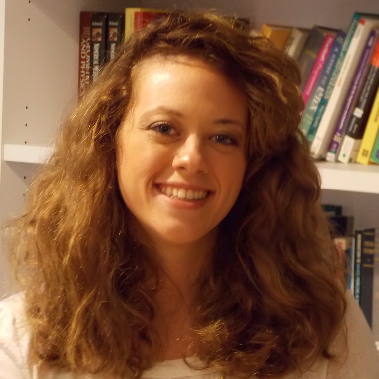 Nikki Holtzer : Graduate Student