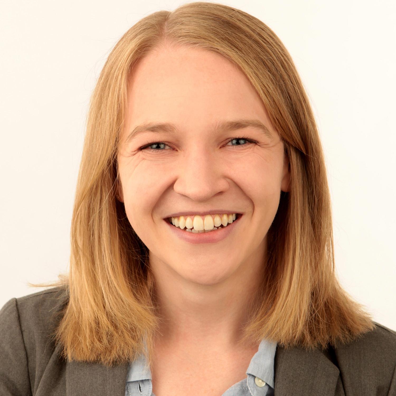 Elizabeth Threlkeld : Graduate Student