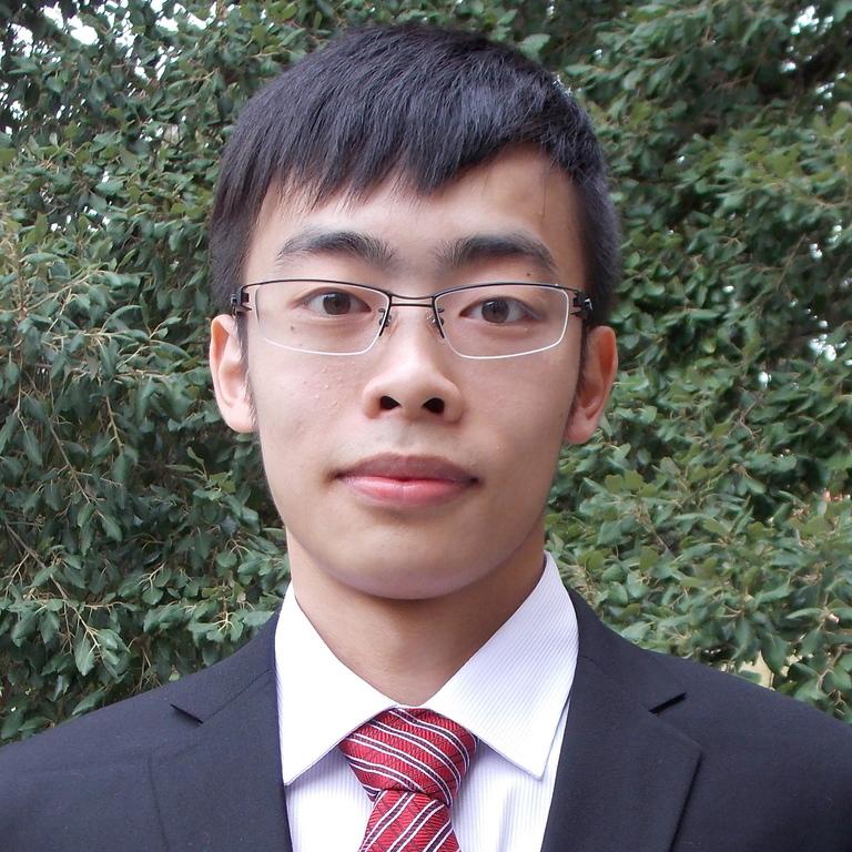 Lingjie Yi : Graduate Student