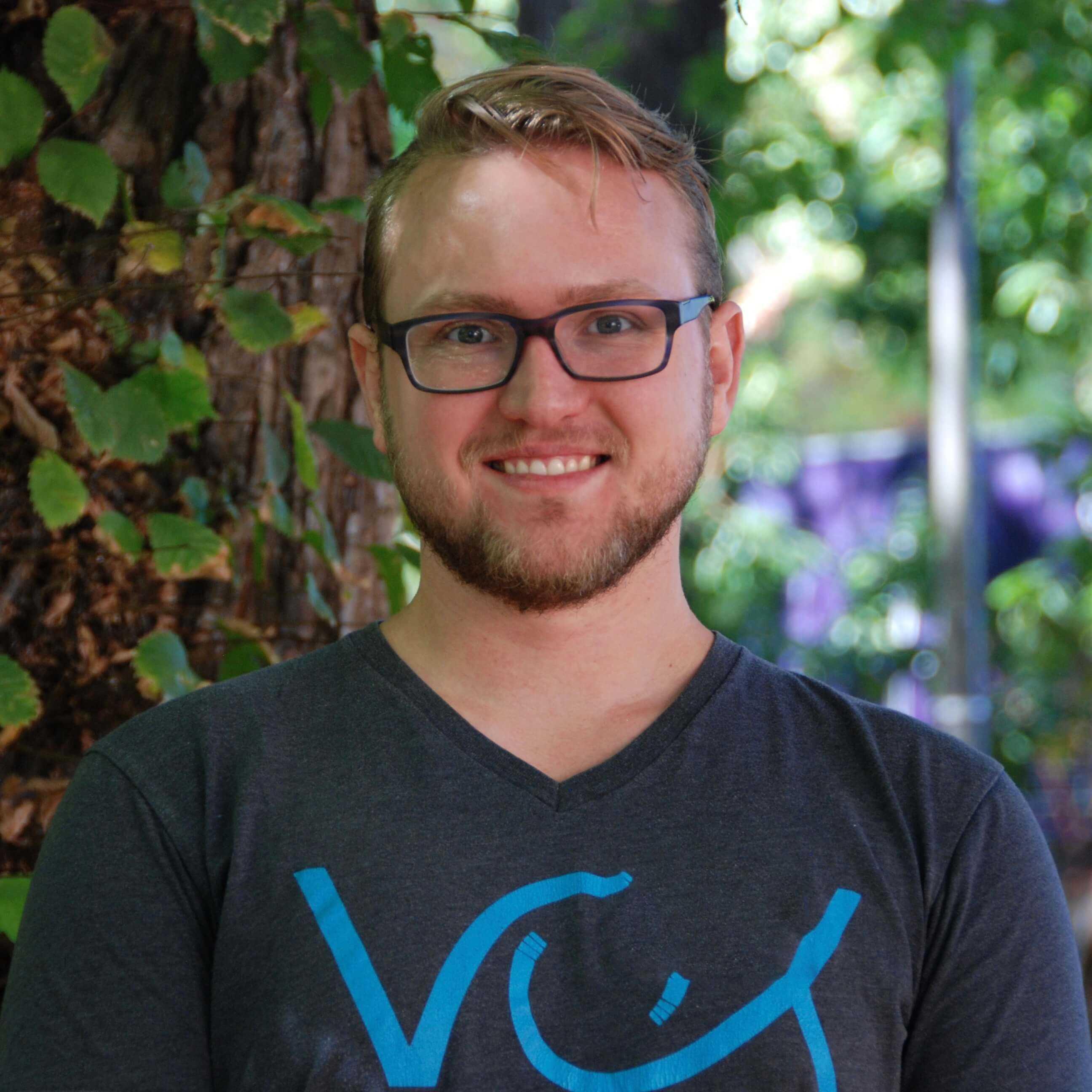 Lee Burke : Graduate Student