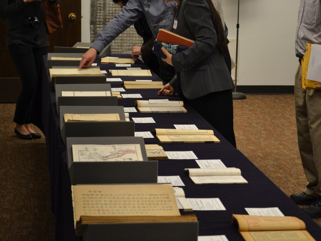 The display included rare books dating from the early 17th through 20th centuries and a selection of rubbings.  Professor Boyue Yao curated this display with much able assistance from Justin Johnson, Senior Conservator, and Kate Leonard of Preservation/Conservation.