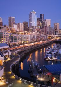 Evening shot of the Seattle, WA waterfront. Shot with Canon 1Ds MkII.