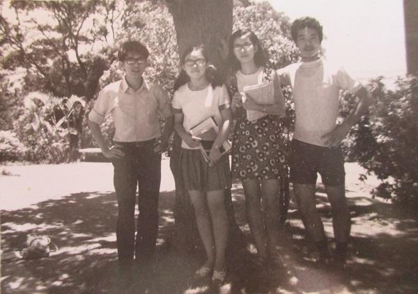 3.大學時期在大樹下