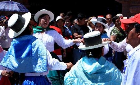 dancers in Ayacucho