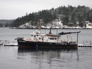 R/V Barnes at dock
