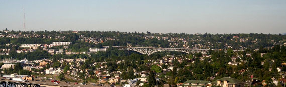 aurora bridge vista