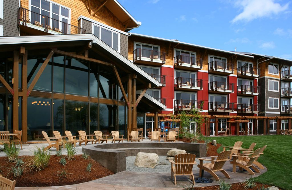 Resort-Courtyard