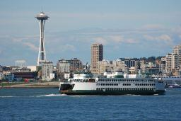 Howard_Frisk_skyline_w_ferry