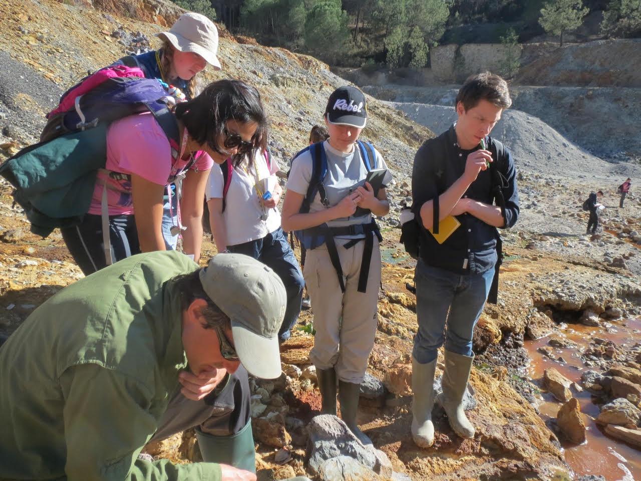 Students at Rio Tinto