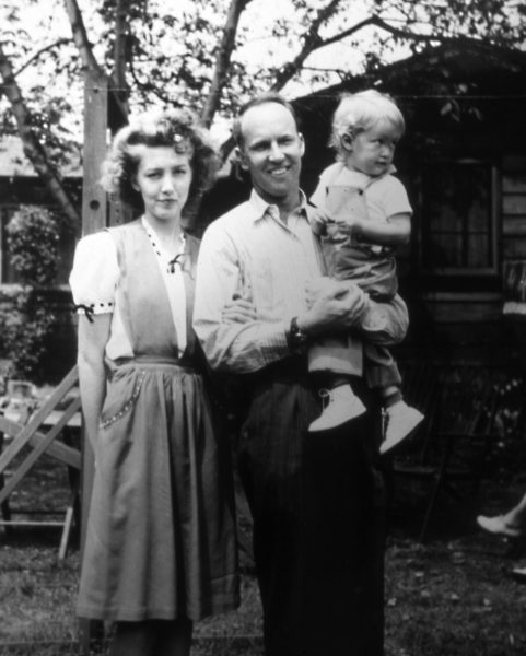 Ruth at age 2 with her mother Arliss and father George Milligan in Glendale, CA.
