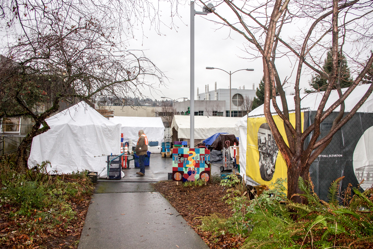 Seattle's Tent City 3 Receives Donation of 120 Subway Breakfast Sandwiches