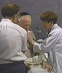 Techniques Pulmonary Exam Physical Diagnosis Skills University Of Washington School Of Medicine It is loud, near, and thrilling, but not so distinctly articulated as in pectoriloquy. techniques pulmonary exam physical