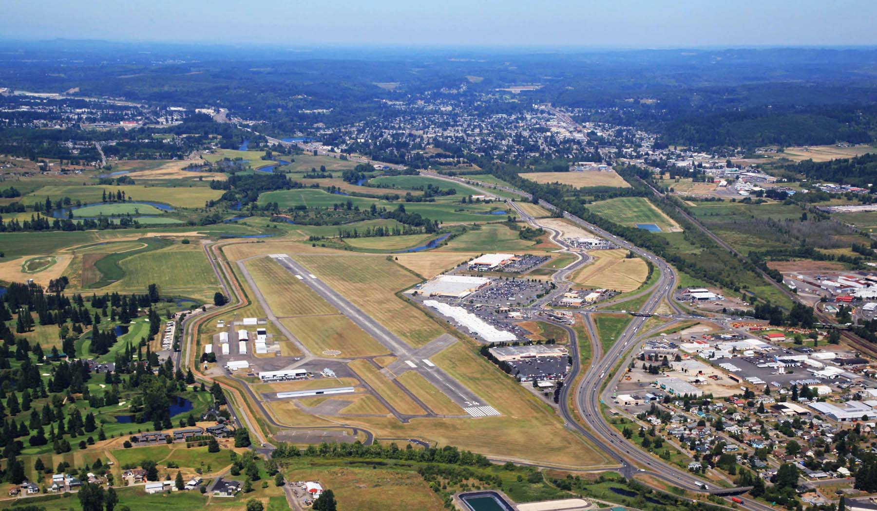 Overhead view of the Chehalis-Centralia airport